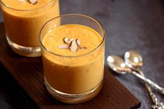 Get some good, complex carbs into your diet with one of our wonderful raw warm or cold soup recipes! http://bit.ly/1WSwg5v