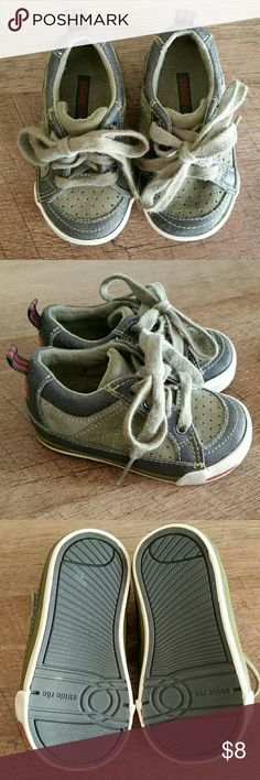Boy Stride Rite shoes size 4.5 (toddler) In EUC. Barely worn. Stride Rite Shoes Sneakers