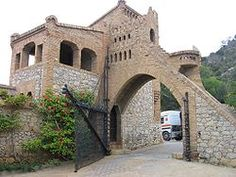 Guell Bodegas. Sitges, Spain. 1895-97.