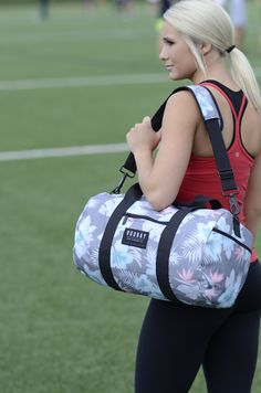 Vooray's Roadie Gym Bag blends military-grade hardware with styles as unique as your inner athlete. Ideal for trips to the gym or weekend getaways. See the full line at www.vooray.com (Featured: Mahalo Charcoal - $29.99)