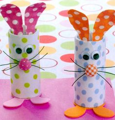 Easter DIY – Unique and Creative DIY Easter Ideas for the Whole Family Crafts kids can make with old toilet paper rolls – these bunny crafts are adorable! DIY Easter Crafts, Unique Easter Baskets, DIY Easter Decor, Easter decorating ideas and much Bunny Crafts, Easter Crafts For Kids, Crafts To Do, Diy Crafts For Kids, Easy Crafts, Easter Ideas, Craft Ideas, Paper Easter Crafts, Easter Activities