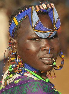 Sudan السودان  I need that jewelry!