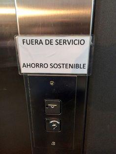 """René Larumbe: """"En Riojaforum bloquean los ascensores por un """"ahorro sostenible"""" Por lo mismo  podrían cerrar el edificio Q estupidez"""""""