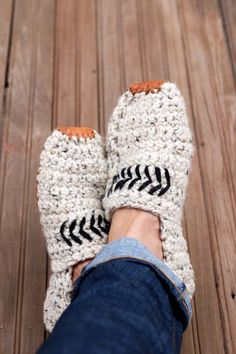 "So cozy! Adult unisex crochet slippers pattern makes a perfect quick crochet gift idea. Made with Lion Brand Wool Ease Thick & Quick in ""Oatmeal."""