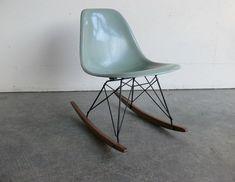Herman MillerEames side chair rocker