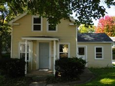 346 S Cottage St  Whitewater , WI  53190  - $115,000  #WhitewaterWI #WhitewaterWIRealEstate Click for more pics