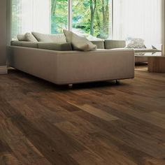 Walnut is a kind of wooden which is understood for its magnificence and sturdiness, and consequently Types Of Planks, Types Of Flooring, Flooring Options, Types Of Wood, Walnut Hardwood Flooring, Walnut Wood, Advantages Of Walnut, Floor Colors, American Walnut