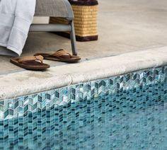 Oceanside Glasstile Tessera Perspectives pattern in Lagoon blend.  Photography:  Chipper Hatter