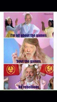 The Hunger Games Igrzyska Śmierci Snow The Hunger Games, Hunger Games Jokes, Divergent Hunger Games, Hunger Games Fandom, Hunger Games Trilogy, President Snow, Jenifer Lawrence, Haha, Game Quotes