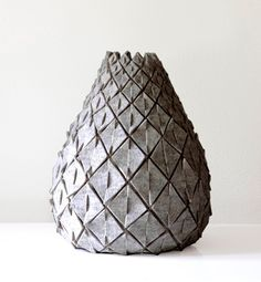 Wool-felt pineapple