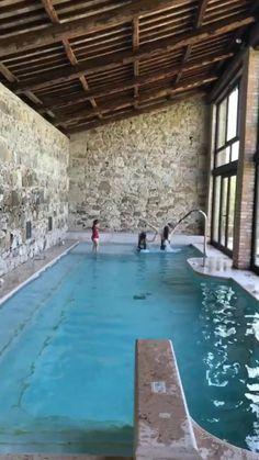 Natural Swimming Pools, Indoor Swimming Pools, Swimming Pool Designs, Pool Paving, Small Pools, Plunge Pool, Beautiful Pools, Dream Pools, Pool Decks