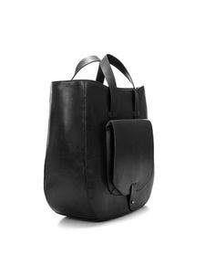 18409150d730 Handbags are sold in different sizes