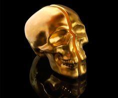 Yorick Ceramic Gold Skull Lamp   CoolShitiBuy.com