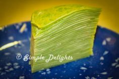When I find out that is a pandan baking theme this month. It really excite me. I love anything to do with pandan, palm sugar and cocon. No Bake Desserts, Just Desserts, Pandan Layer Cake, Crepe Cake, Crepe Recipes, Mille Crepe, Asian Desserts, Pancakes And Waffles, Vietnamese Recipes