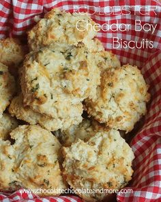 Copy Cat Red Lobster Cheddar Bay Biscuits even better than the restaurant