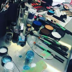 BTS of all the Mehron beauties used in today's @elleusa FB Live Halloween Shoot! Check out @bl_a_nk_doe as she demos 3 on trend Halloween Makeup Looks for 2016!  #paradisemakeupaq #paradiseglitter #preciousgems #celebreProHD #Mehron #MehronMakeup #MehronHalloween #mehronbeauty #mehronperformance #BTS #makeuptutorial