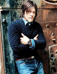 What To Wear Today: A take-charge watch and chunky knit sweater. ( Sebastian Kim) Norman Reedus Daryl Dixon The Walking Dead TWD The Boondock Saints, Daryl Dixon, Daryl Twd, Norman Reedus, The Walking Dead, Hollywood, What To Wear Today, How To Wear, Sebastian Kim