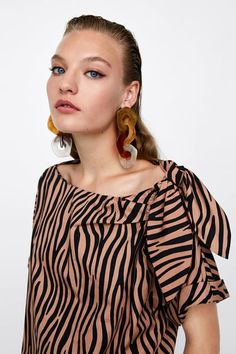 Big Earrings, Stone Earrings, Statement Earrings, Off Shoulder Blouse, Bell Sleeve Top, Zara, Street Style, Boho, Hair Styles