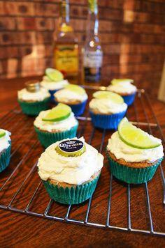 Gormandize With A-dizzle and K-bobo: Mexican Car Bomb Cupcakes Sugar Free Recipes, Cupcake Recipes, Baking Recipes, Cupcake Cakes, Dessert Recipes, Vegan Cupcakes, Yummy Cupcakes, Vegan Cake, Corona Cupcakes