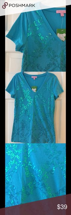 "🆕 Lilly Pulitzer Mandy v neck tee Underarm across 17"". Length 25"". Brand new with tag. Lilly Pulitzer Tops Tees - Short Sleeve"