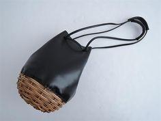エバゴス ebagos WHEN SLEEP ON THE LAWN オイルショルダー巾着バッグ