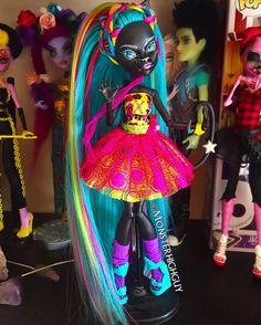 Monster High Beds, Monster High Art, Monster High Characters, Custom Monster High Dolls, Monster Dolls, Monster High Repaint, Custom Dolls, Pretty Dolls, Beautiful Dolls
