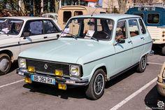 #Renault #R6 au salon de Reims. Reportage complet : http://newsdanciennes.com/2016/03/13/grand-format-les-belles-champenoises-depoque-2016/ #ClassicCar #Vintage #Car #Voiture #Ancienne