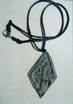 Símbolo Skyrim en resina