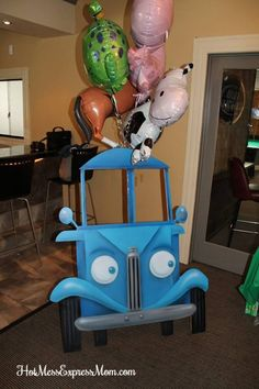 Little Blue Truck Birthday Party Photo Booth Blue Birthday Parties, First Birthday Party Themes, Second Birthday Ideas, Twin First Birthday, Baby Birthday, Birthday Activities, Birthday Bash, Little Blue Trucks, Barnyard Party