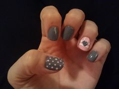 like it only pink nails and gray accent nail with pink heart