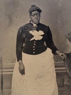 Wonderful-19th-Century-1-6-Plate-Daguerreotype-Of-Proud-African-American-Woman