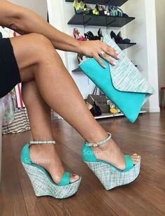 28 Shoes Trends You Will Definitely Want To Try - Sandaletten - Schuhe Hot Shoes, Crazy Shoes, Wedge Shoes, Me Too Shoes, Wedge Sandals, Shoes Heels Wedges, Shoe Wardrobe, Fashion Heels, Women's Fashion