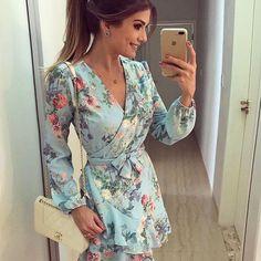 {Friday } De @anahovastore ♥️ Vestido floral! Modelo lindo e super feminino já do preview de verão da marca ♥️ • #ootn #selfie #lookdodia #lookoftheday #blogtrendalert