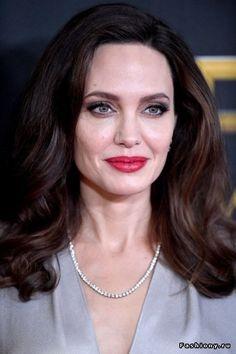 Образы Анджелины Джоли в 2017 году