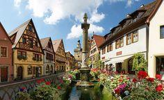 Rothenburg_ob_der_TauberRomantische-Straße-Touristik-Arbeitsgemeinschaft-GbR