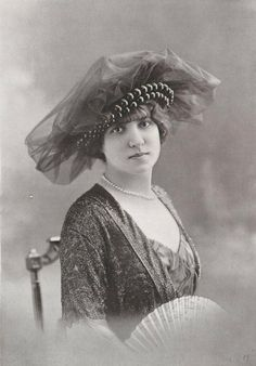~Chapeau par Jeanne Lanvin, 1913~  (repinned from @cheryl ng ng Heator )