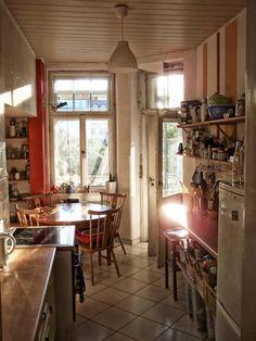 Küche In Dresden Mit Herbstlicher Lichtstimmung.