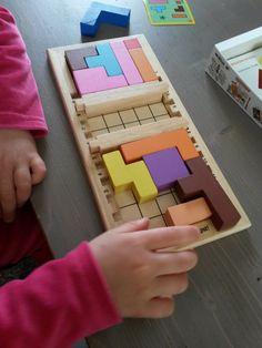 gagne ton papa. Selection de 5 jeux pour entrainer l'esprit logique de l'enfant Toddler Preschool, Toddler Activities, Montessori, Lego Toys, Arithmetic, Educational Activities, Games For Kids, Wooden Toys, Homeschool
