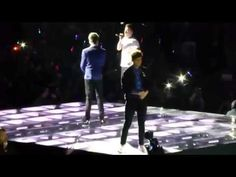 One direction- One Way or Another- Galaxie Amneville 30 April 2013 [LIVE]