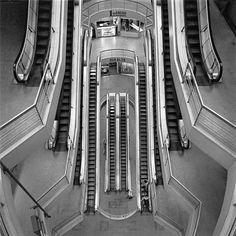Cristiano Mascaro - Foto de escadas rolantes vistas de cima