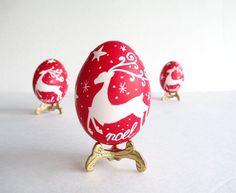 Noel egg ornament Christmas Easter por UkrainianEasterEggs en Etsy