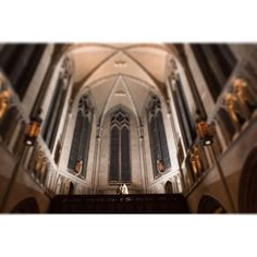 Heinz Chapel -it's never disappointing. One of my favorite ceremony venues! www.krystalhealyblog.com  #wedding #pittsburghwedding #pittsburghweddings #burghwedding #burghbride #weddindday #weddingphotography #brideandgroom #krystalhealyphotography