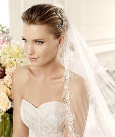 MULLET » Wedding Dresses » 2013 Fashion Collection » La Sposa (close up)