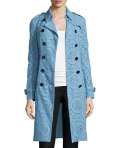 W0DND Burberry Double-Breasted English Lace Trenchcoat, Light Blue
