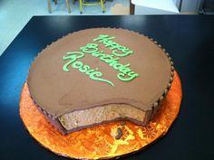 A Reeses cake