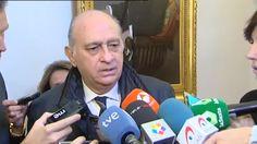 El PP regatea a la oposición y coloca a Fernández Díaz en una comisión en la que no se necesita votación