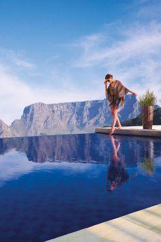 Table Mountain,Cape Town, South Africa. BelAfrique your personal travel planner - www.BelAfrique.com
