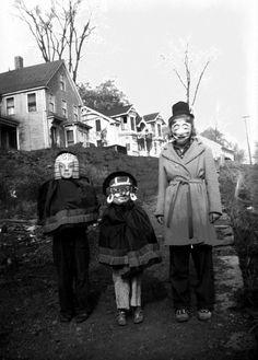 vintage trio of trick or treaters halloween costume costumes retro spooky creepy masks