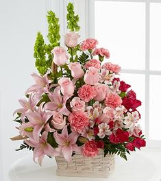 How to Arrange Flowers Beautifully Fresh Sympathy Flowers Funeral Gifts Flower Arrangements From Ftd – Homedecor Large Flower Arrangements, Funeral Flower Arrangements, Floral Arrangement, Online Flower Shop, Flowers Online, Church Flowers, Funeral Flowers, Funeral Gifts, Peruvian Lilies