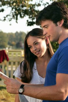 Kristin kreuk and tom welling dating erica